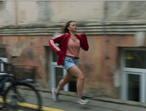 """Festivalyje """"CinEast 2021"""" – lietuviškas filmas """"Bėgikė"""""""